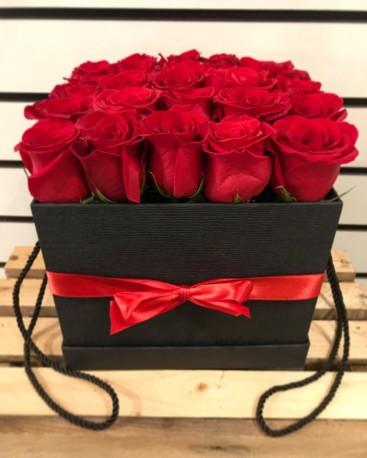 Square Hat Box Roses