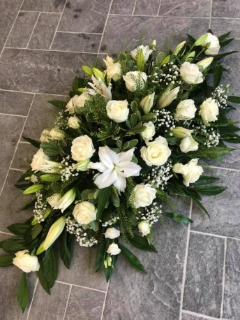 roses & lilies coffin spray
